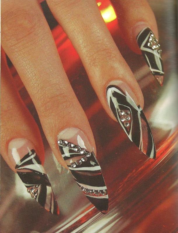 """Рисунок на ногтях """"Гламурный стиль"""""""