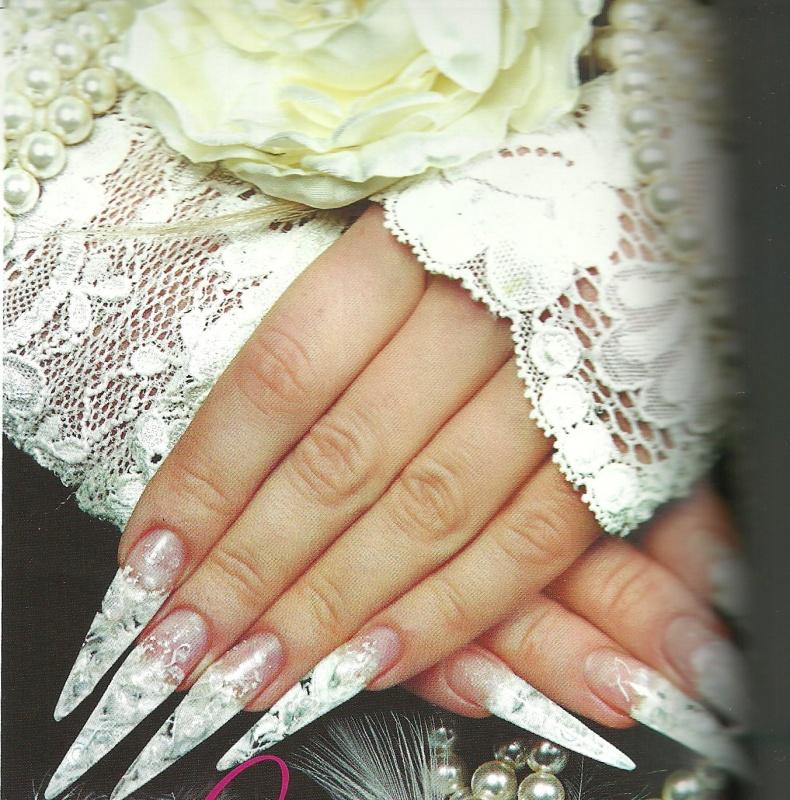 """Свадебный рисунок на ногтях """"Жемчуг для невесты"""""""