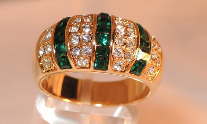Особенности ювелирной бижутерии - кольцо