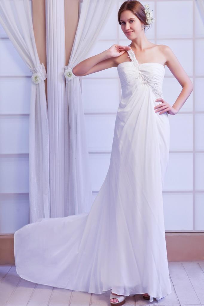 Свадебные платья Beach