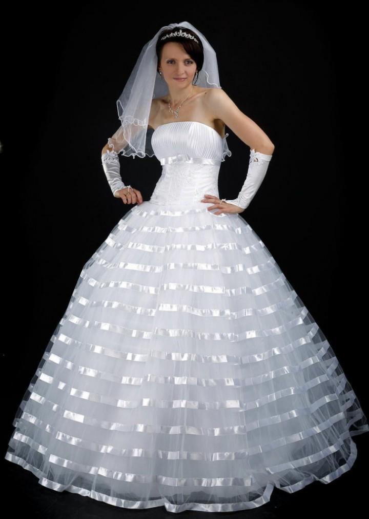 Свадебные платья Ампир - это простота и экстравагантность2