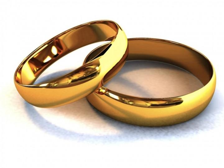 Классический подарок или как выбрать золотое кольцо