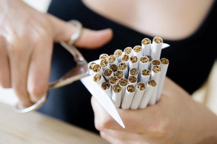 Как бросить курить девушке1