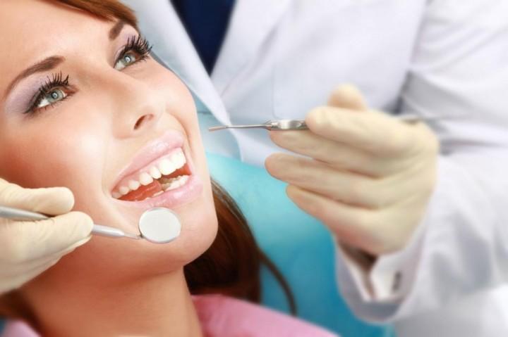 Визит к стоматологу - уверенность в красоте!