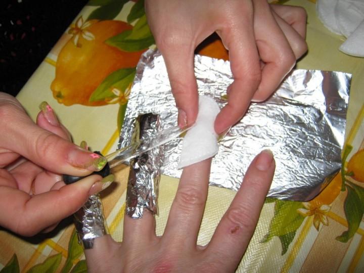 Как снять нарощенные ногти 1