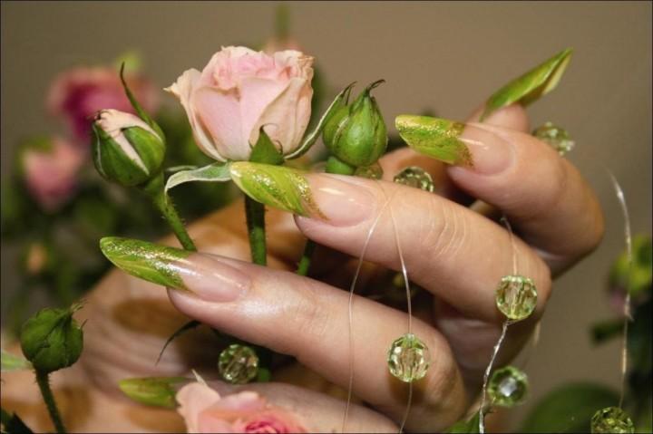 Модные тенденции в дизайне ногтей3