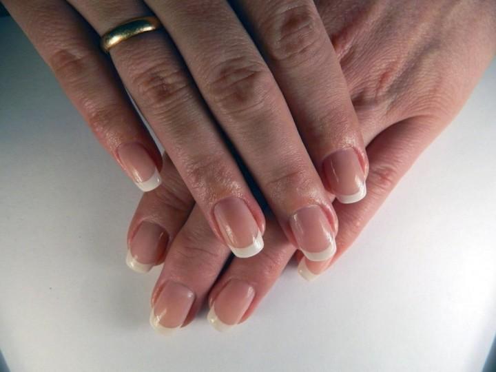 Наращивание ногтей: эталон долговечной красоты3
