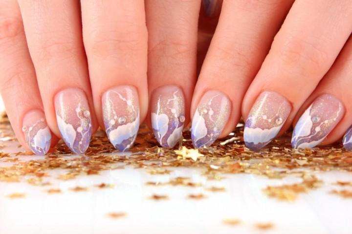 Преимущества технологии гелевого наращивания ногтей