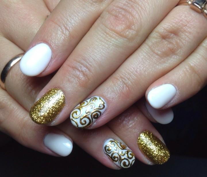 Фольга на ногтях как украшение