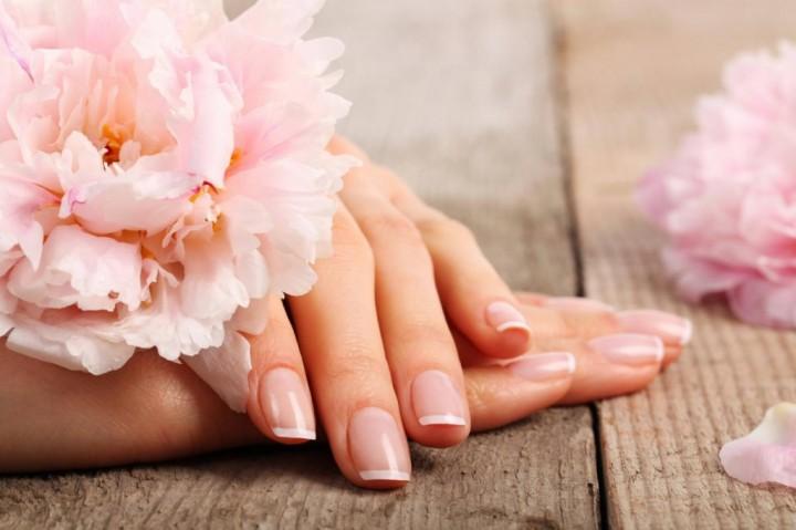 Маникюр – красота ваших рук.