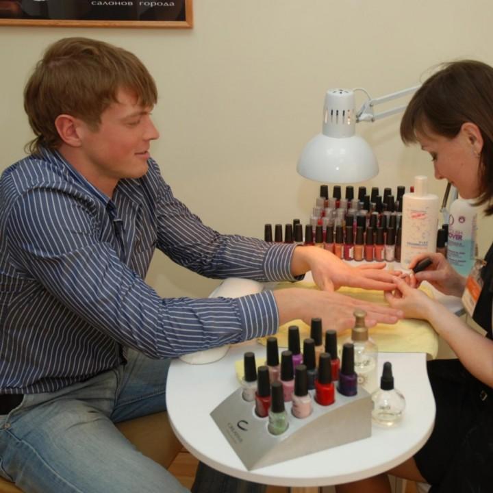 Нужно ли мужчинам ухаживать за ногтями?45